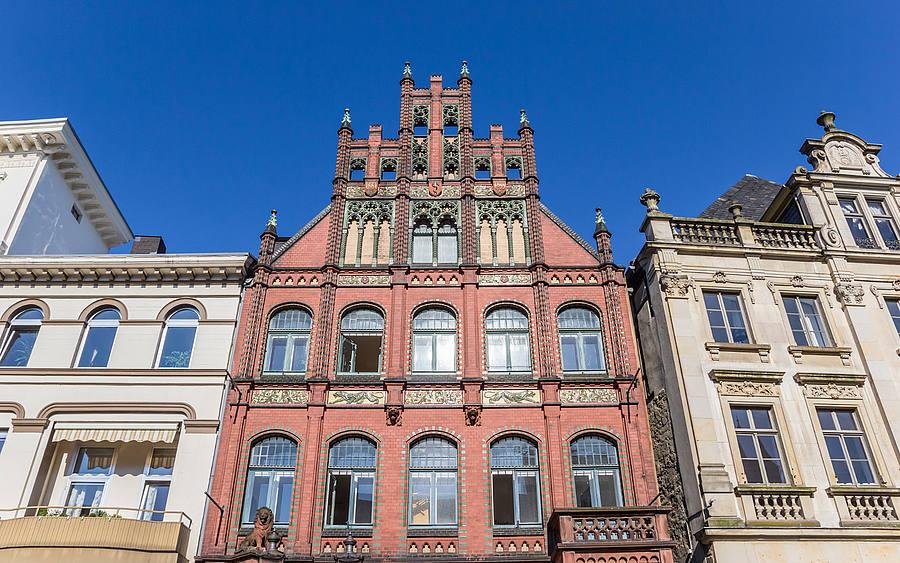 Historische Häuser Am Markt Platz Von Minden, Dem Hauptsitz Des  Elektronikspezialisten Wago